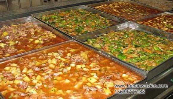 多种美味可口的菜肴